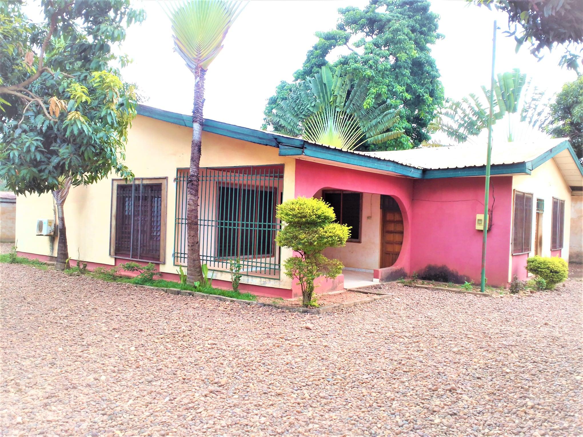 Maison en Location à PK10 ✅