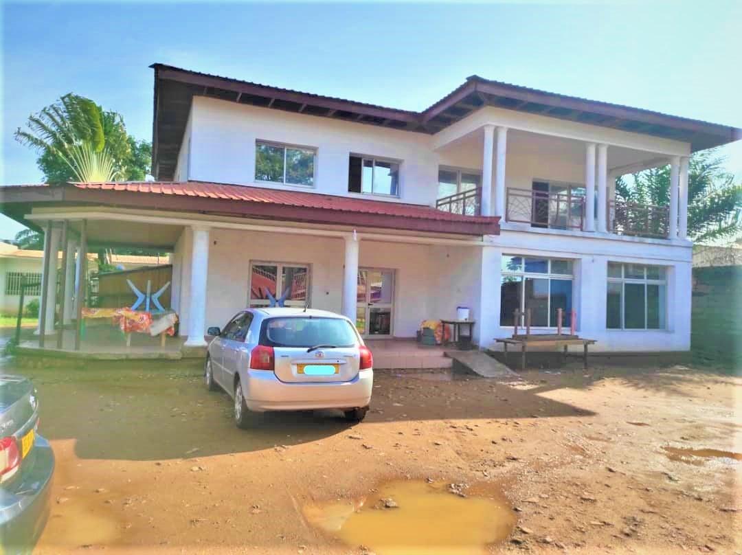 Maison en Duplex en Location PLACE DES NATIONS UNIES✅