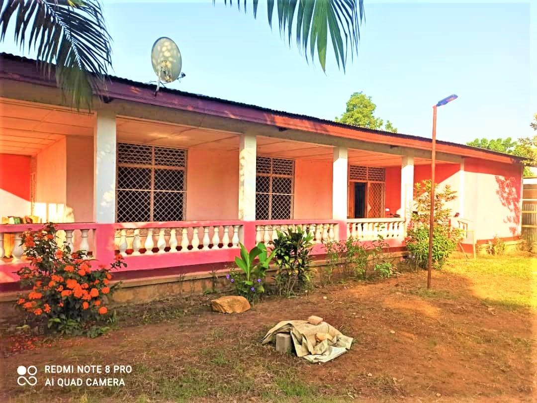 Maison en Location à PETEVO ✅